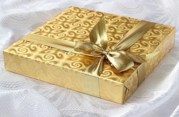 Książka jako prezent też może zaskoczyć