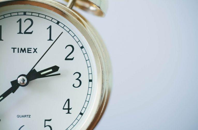 Zegar ścienny jako element dekoracyjny